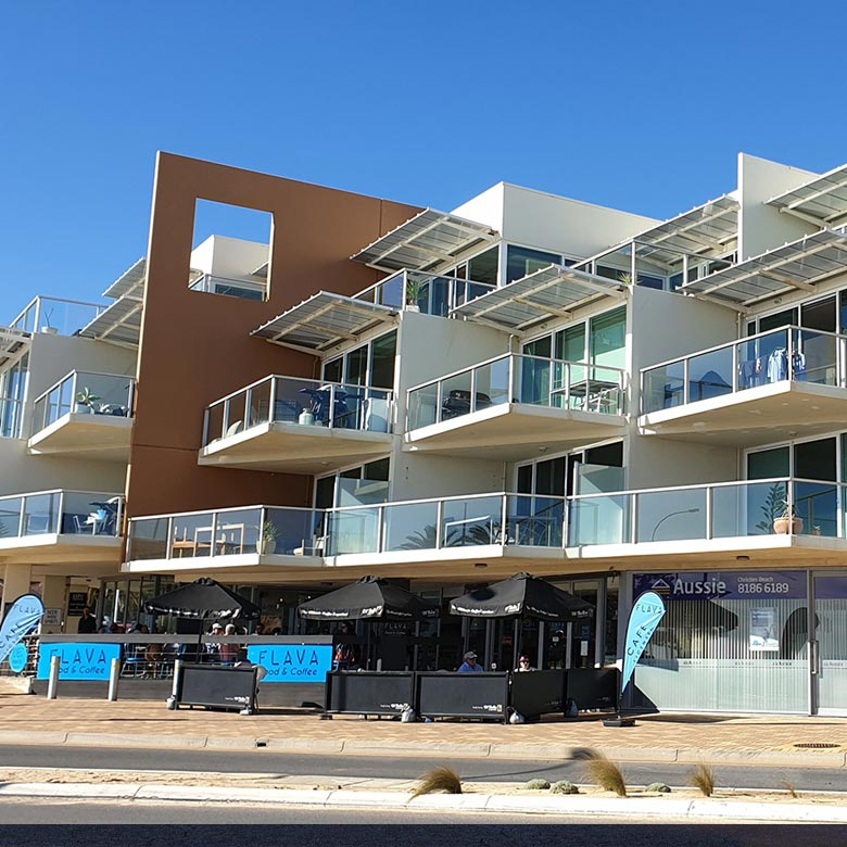 BEACHPOINT_APARTMENTS